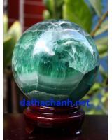 Phong thủy quả cầu ngọc lục bảo fluorit XC10.4