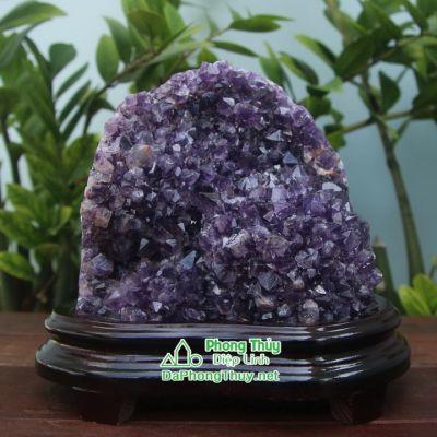 Khối đá phong thủy thạch anh tím T17