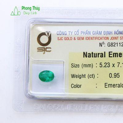 Viên đá emeral ngọc lục bảo thiên nhiên NLB0.95